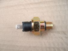 Oil pressure switch,  level thread,  3/8UNF various applications